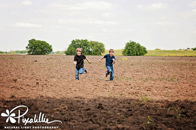 KLH_boysrunning in the field_web_edited-1