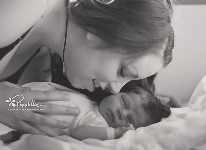 birthing photography, afterbirth photograph, newborn photography